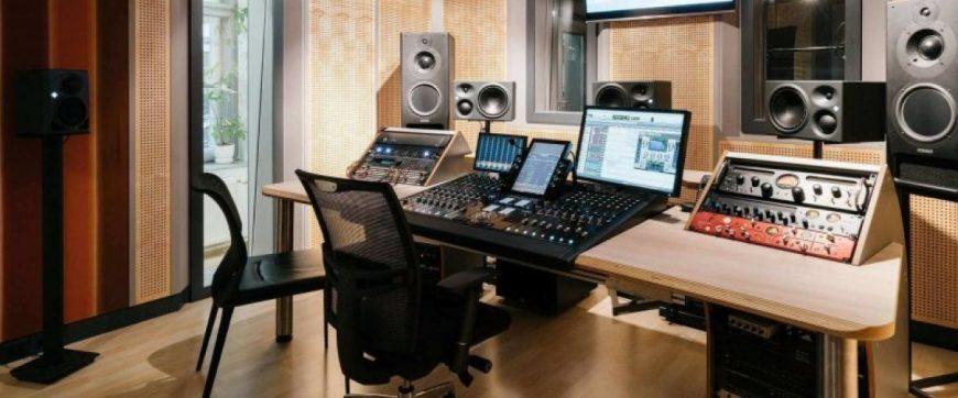 header-studio-a-seitlich